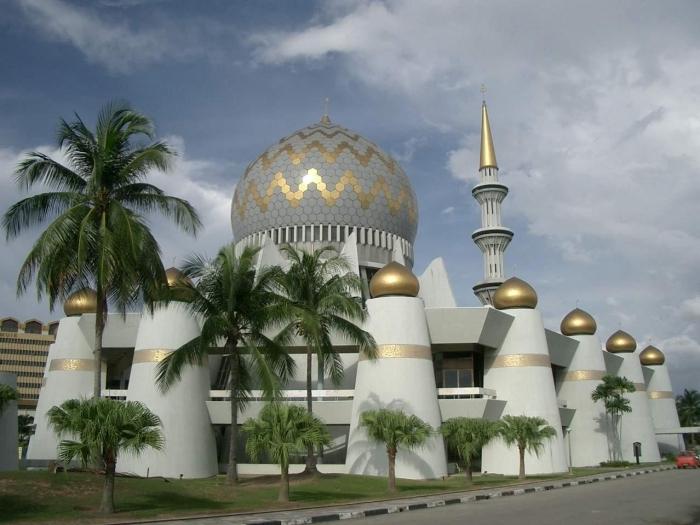 Muhteşem Mimarileri ile Göz Kamaştıran Cami Resimleri